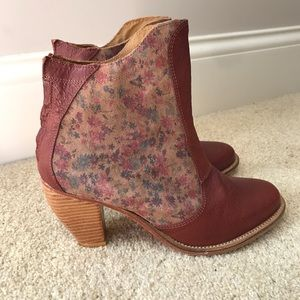 Anthropologie J Shoes Leather Booties